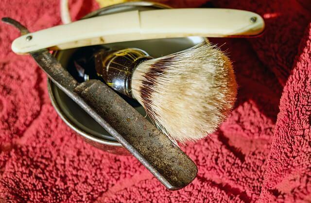 afeitado del hombre